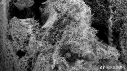 金屬納米泡沫,能更有效地從水中製取氫氣