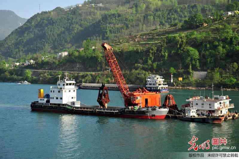 湖北宜昌:莲沱段航道整治加紧施工