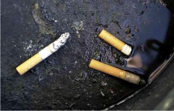烟蒂回收问题引发讨论 法国拟向香烟生产商收费