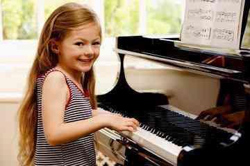 培养孩子学钢琴,循序渐进很重要!