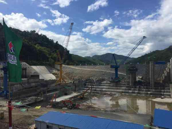 探访老挝南欧江一级水电站